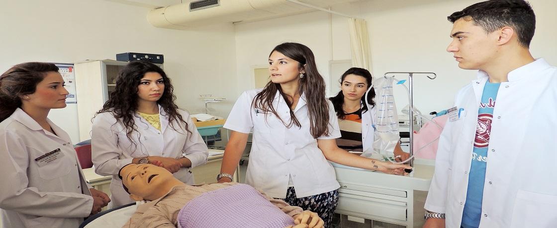sağlık kurumları işletmeciliği, sağlık yönetimi, sağlık hizmetlerinde iletişim, sağlık bölümleri açıköğretim