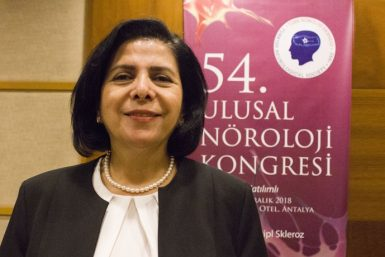 Türk Nöroloji Derneği Başkanı Şerefnur Öztürk(fotoğraft